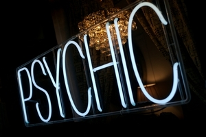 What are your psychic powers? Psychic Sylvia Browne, World-renowned Psychic Sylvia Browne pictures