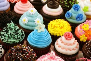 Baking Cupcakes for Good Luck Psychic Sylvia Browne, World-renowned Psychic Sylvia Browne pictures