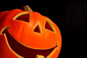 Feng Shui Halloween Love Feng Shui, feng shui for love, romance and marriage!  How to use Feng Shui in marriage.